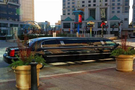 Need A Limo by 3 Reasons You Need A Limo Service For Your Next Corporate