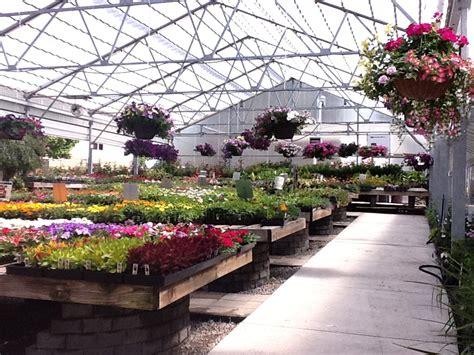 horticultural services  retail garden center