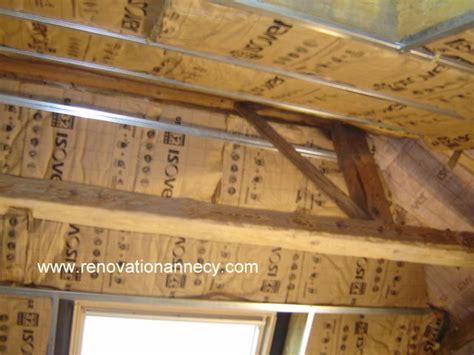 isolation sous toiture isolation sous toiture quelle technique de pose sous chevrons