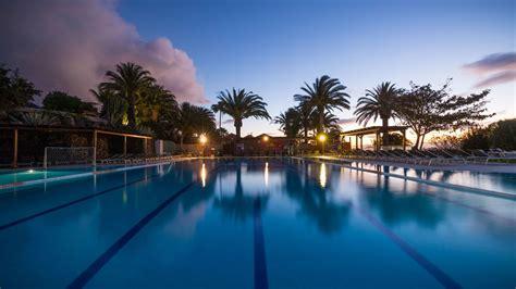 Robinson Club Esquinzo Playa (playa De Esquinzo. Kildrummy Castle Hotel. Le Corderie Hotel. Lyttos Beach Hotel. Grand Onder Hotel. The Nomad Sucasa All Suites Hotel. Foxa 25 Suites. Hotel Bishops House. Miro Studio Apartments