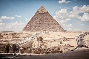 File:Pyramid of Khafre and Sphinx, Giza, Greater Cairo ...