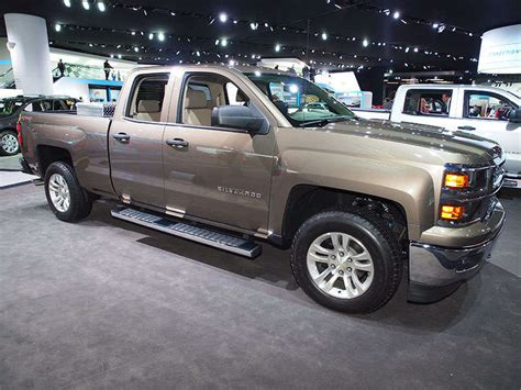 Silverado Bed Size by 2015 Chevy Silverado 1500 Brings 8 Speed Auto To Gm
