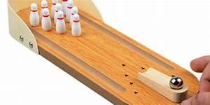 Aus Welchem Holz Baut Man Einen Bogen : mini bowlingbahn aus holz f r zuhause oder auf reisen ~ Orissabook.com Haus und Dekorationen