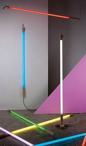 Fluorescent floor lamp linea by seletti design alessandro for Floor lamp with tube light