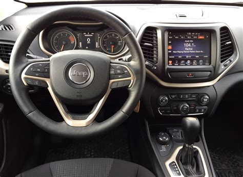 jeep cherokee dashboard blog post review 2016 jeep cherokee latitude delivers