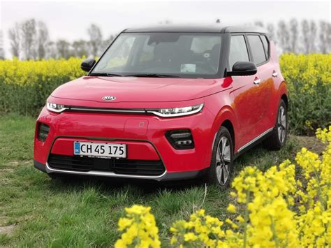 TEST: Kias ny elbil deler vandene, men er et godt køb ...
