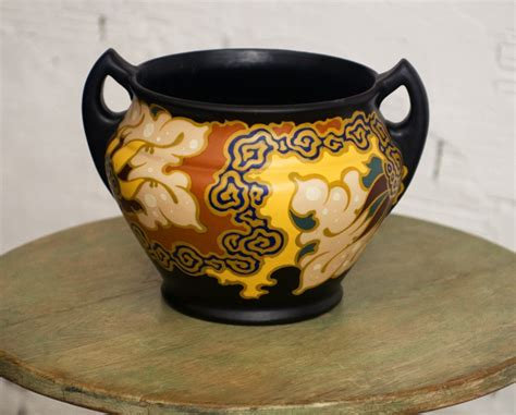 vintage pottery flower pot jar regina gouda holland