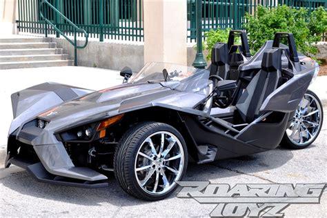custom chrome wheels  polaris slingshot   front