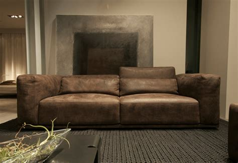 Leather Sofas Contemporary by Italian Contemporary Leather Sofas Design Roni