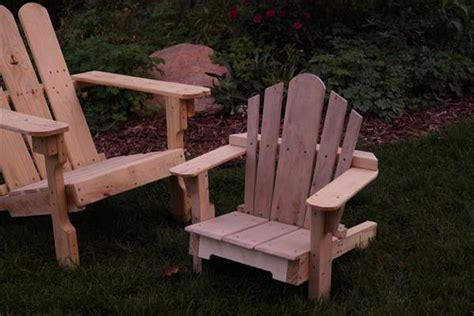 pallet chairs for pallet wood projects