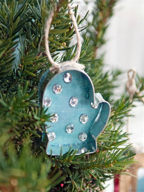 sew cookie cutter christmas ornaments hgtv