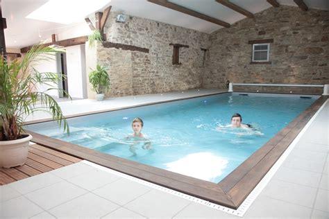gite avec piscine int 233 rieure priv 233 e r 233 serv 233 e aux vacanciers