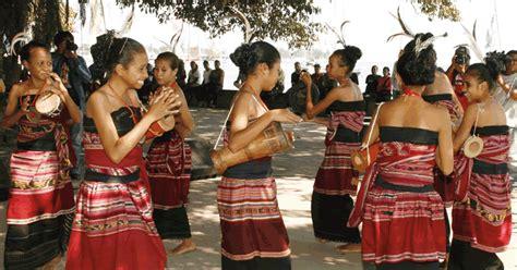 Photo Gallery Guide Post East Timor - Timor Leste