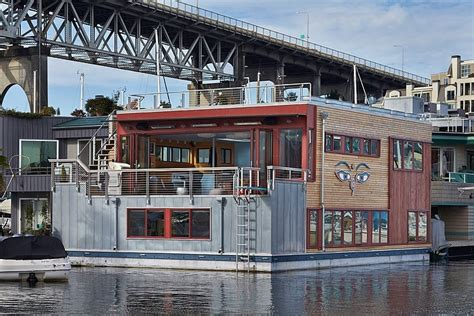 Unique Houseboat by Neat And Modern Houseboat House Displaying A Unique