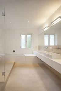Fliesen Wohnbereich Modern : die besten 17 ideen zu graue fliesen auf pinterest u bahn fliesen metro fliesen und moderne ~ Sanjose-hotels-ca.com Haus und Dekorationen