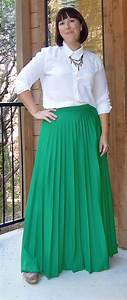Outfit Input long green skirt