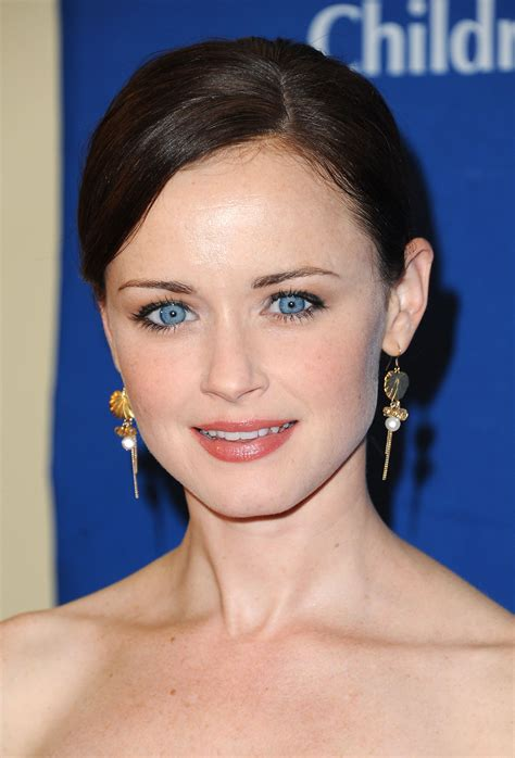 Actresses With Brown Hair And Green by Eye Color Blue Vs Brown Aol Lifestyle