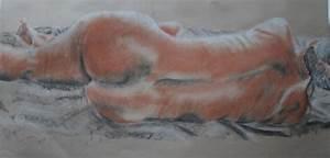 1053200418: Life drawing - female figure using chalk ...