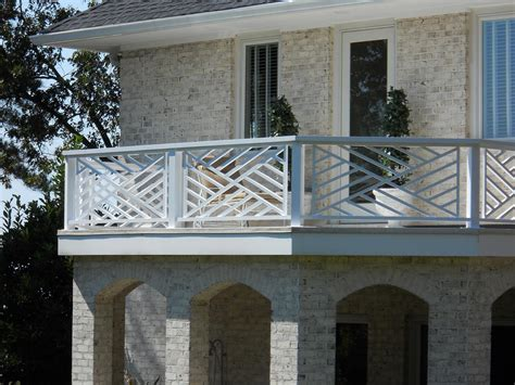 7 Outstanding Chippendale Railing   Estateregional.com