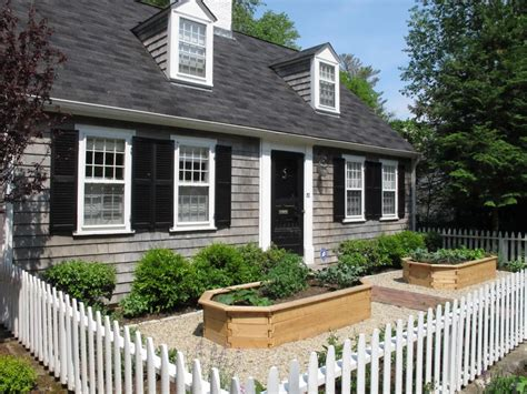 Nilsen Landscape Design » Elements Of A Cottage Garden