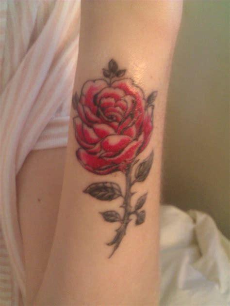 small red  pink rose tattoo tattoomagz tattoo