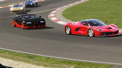 Battle Bugatti Veyron Super Sport Vs Ferrari Laferrari