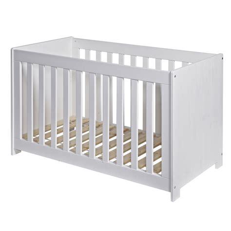 chambre bebe bois blanc lit bébé bois massif 60x120 blanc pin brossé