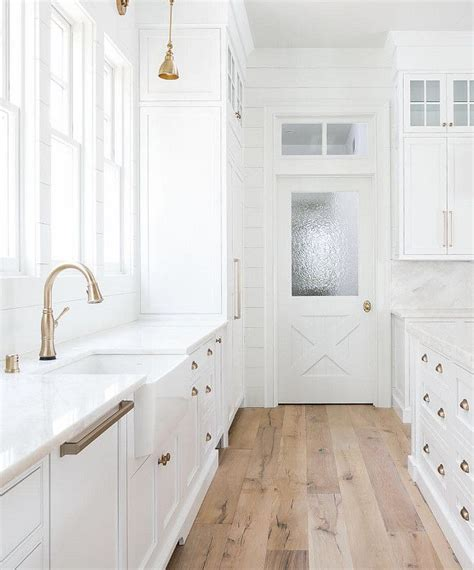 beautiful farmhouse interior designs youll swoon
