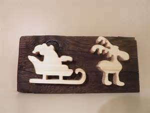 ecriteau en bois pour decoration de noel pere noel traineau et renne panneau noel pancarte