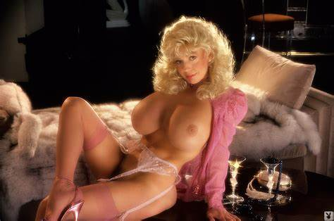 Celebrity With Biggest Natural Chested Amy Wallpaper Diamond Playboy, Blonde, Stockings, Massage