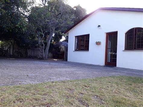 frog tree cottages plettenberg bay