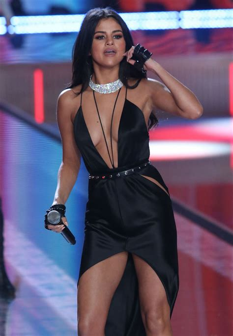 selena gomez performs  victorias secret fashion show  nyc november