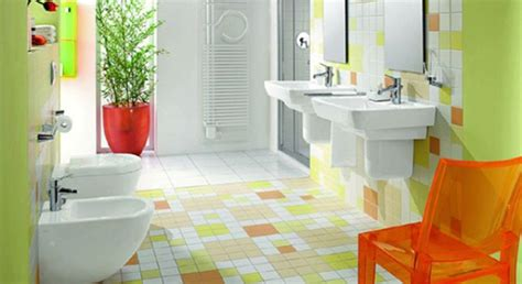 Colored Bathroom Designs by Picture Of Multi Colored Tiled Bathroom Designs