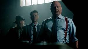 'Gotham': Michael Chiklis Talks Upcoming Episodes at NYCC ...