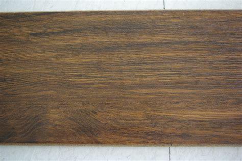 laminate wood flooring scratches laminate flooring laminate flooring protection scratches