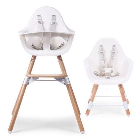 chaise haute bois blanc chaise haute evolu en bois blanc childwood pour enfant de