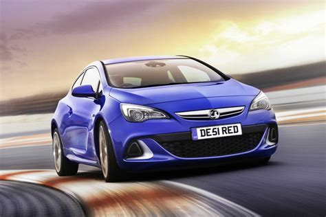 Vauxhall Astra VXR coupe review - Car Keys