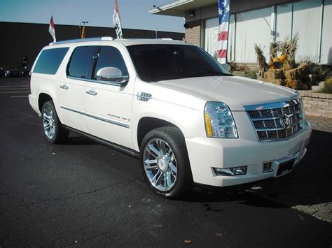 white 2008 cadillac escalade paint cross reference