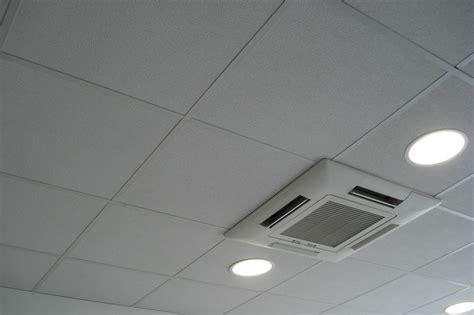 faux plafond cuisine professionnelle faux plafond de bureau en dalles avec ou sans isolation sur ossature apparente ou cachée