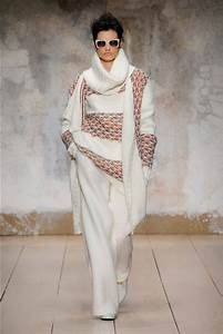 Knitwear Review. Milan Fashion Week, Fall/Winter 2017/18 ...
