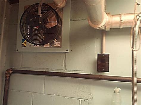 Kitchen Exterior Exhaust Fans by Best 25 Kitchen Exhaust Fan Ideas On Kitchen