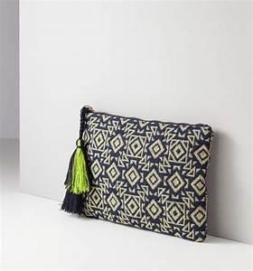 Pochette Tissu Femme : pochette jacquard femme imprim multicolore promod bag pinterest sacs pochettes et sac ~ Teatrodelosmanantiales.com Idées de Décoration