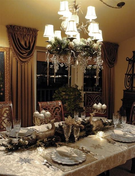 christmas  holiday tablescapes table settings