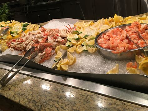 cuisine las vegas buffet of buffets 24 hours of food in las vegas las