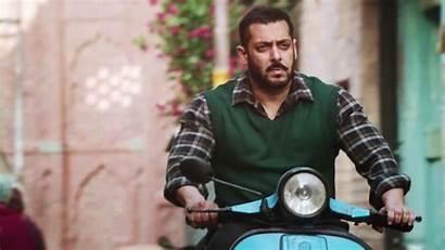 Salman Khan Sultan Scooter Wallpapers 4k Latest