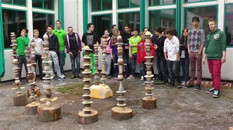 lenschirm selber machen stehle die stelen spirale entfaltet sich ton stelen projekt 19 2013 an der kopernikusschule