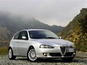 Avis Alfa Romeo 147 : alfa romeo 147 3 door photos photogallery with 33 pics ~ Gottalentnigeria.com Avis de Voitures