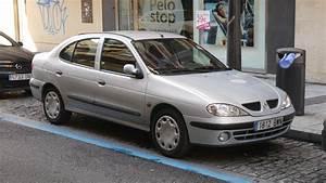 File Renault Megane Classic  22894172875  Jpg