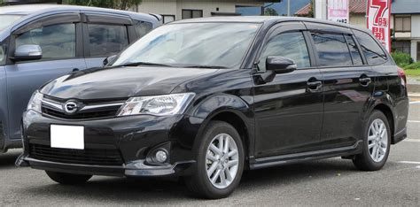 2013 Toyota Corolla Specs by 2013 Toyota Corolla E16 Pictures Information And