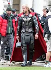Thor: The Dark World Chris Hemsworth set photos - Thor ...
